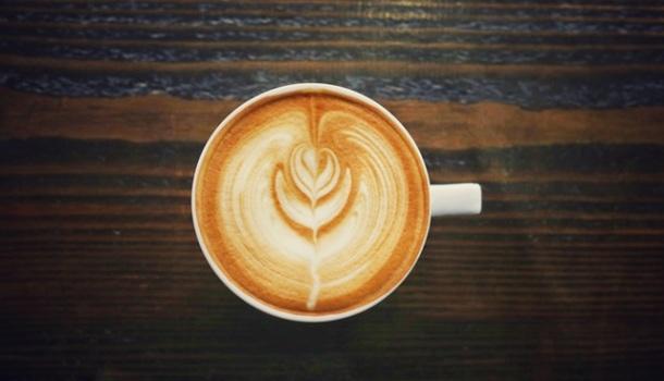 vegan, vegan latte, vegan coffee, psl, vegan psl, pumpkin spice latte, salted caramel latte, apple pie latte, cinnamon dolce latte